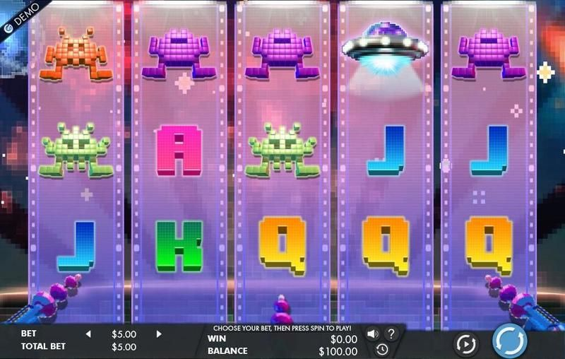 8-bit-intruders-slots-game-screenshot-png